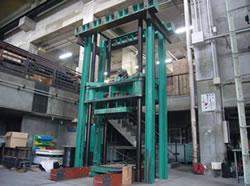 600t 耐圧試験機